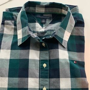 NWOT Timmy Hilfiger Green & White Plaid Shirt Sz L